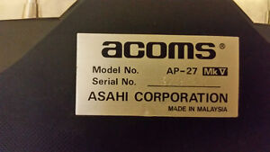 ACOMS racing car works good comes with remote and two batteries West Island Greater Montréal image 7