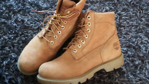 Mens Timberland Waterproof boots. Size 7 medium