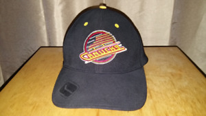 Vancouver Canucks Vintage Flying Skate Hat - Size Medium