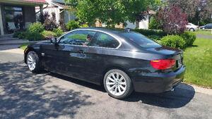 Rare 6spd, 300hp Turbo Coupe 2012 BMW 335i xdrive. (awd)