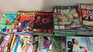 Huge collection of vintage videogame magazines