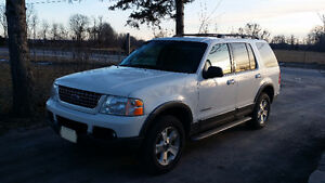 2004 Ford Explorer SUV 4WD