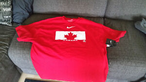 Nike Team Canada T-shirt - Brand New