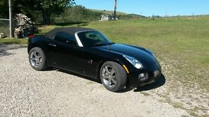 Pontiac Solstic GXP 2.0L Turbo, 260HP 260 LbFt Leather Classic
