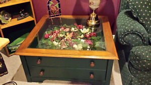 Hunter Green Coffee Table and End Tables