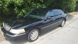 2008 Lincoln Town Car Executive.L mint condition E-test