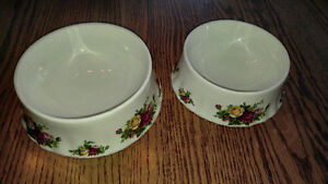 Beautiful Royal Albert Old Country Roses Dog Dishes