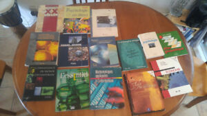 Manuels de Cégep et secondaire - Cegep and high school books