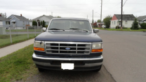 1995 Ford F-150 Eddie Bauer Supercab Pickup Truck