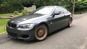 E92 3 series coupe well maintained 2 sets of rims