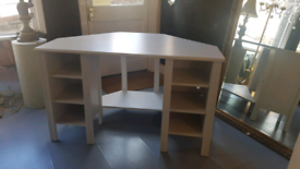 Lovely White Corner Desk