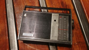 Radio Sony AM/FM a 9 Transistors