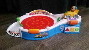 Fisher price Laugh & Learn Puppy Speedway