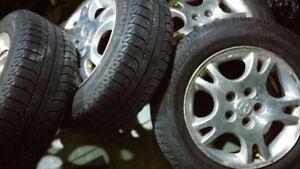 4 mags honda +4 pneus hiver MICHELIN X-ICE bon pour 2 hivers