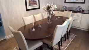 Classic & Modern Dining Room Table and Chairs