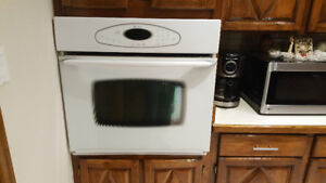 White Maytag Built In Wall Oven