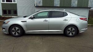 2012 Kia Optima Hybride Premium only 52000km