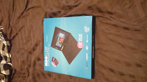 BRAND NEW NEVER USED TABLET/LAPTOP