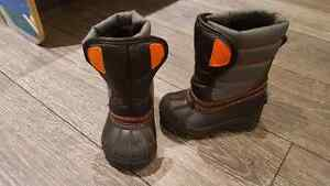 EUC size 6 boys snow boots from the Children's Place London Ontario image 1