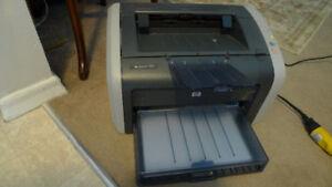 HP LaserJet 1012 Laser Printer .