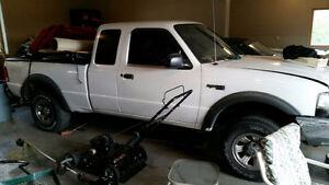 2000 Ford Ranger White Pickup Truck