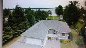 OPEN HOUSE Waterfront Bungalow on the Ottawa River