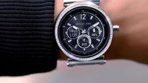 Montre Interactive Micheal Kors Femme SOFIE Apple WoW !