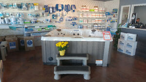 Floor model hot tubs on clearance now! London Ontario image 1