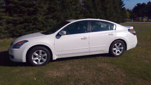 Mint condition 2009 Nissan Altima Sedan