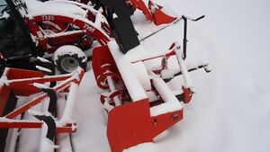 "Used Kubota 48"" 3pt Snowblower"