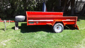 utility trailer-Axle(essieu) rated 3600 lbs.