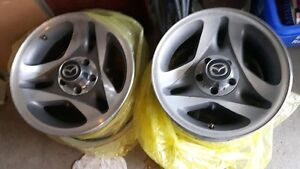"""set of 4 16"""" Mazda Rims in great condition"""
