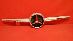 MERCEDES BENZ GENUINE OEM EMBLEM CLS 550 2012