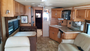2007 Winnebago Journey 34H Diesel Motorhome RV