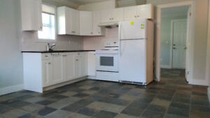 Burnaby Kingsway@Edmonds St 2Bed/1Ba all included Ground Level