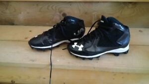 Under Armour Kids Cleats - Size 2