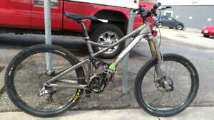 Giant Down Hill/Cross-country Bike For Sale