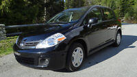 2010 Nissan Versa Hatchback, only 38 000 kms!!!