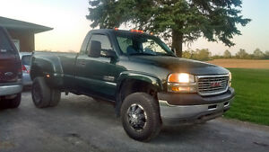 DURAMAX DUALLY $12,500 OR BEST!