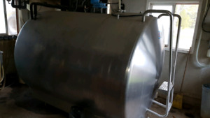 1000 gallon stainless tank