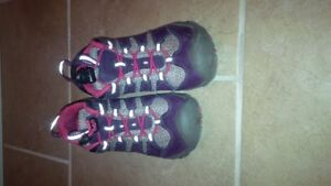 NICE KEEN SIZE 2 HIKING SHOES