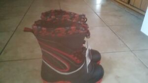 Boys winter boots size 3 brand new Kitchener / Waterloo Kitchener Area image 2