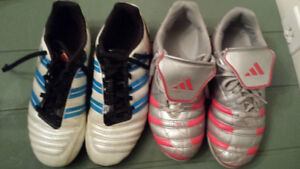 Soccer cleats / shoes