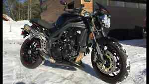 TRIUMPH SPEED TRIPLE 2010 A VENDRE