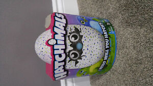HATCHIMALS - DRAGGLES (GREEN OR BLUE)