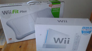 Console Wii avec planche d'exercice Wii fit plus