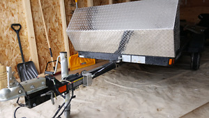 All Alluminum Tilting trailer with wheel jack w/ gravel shield