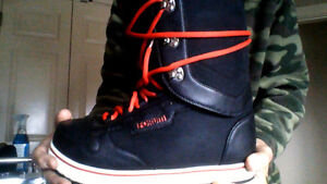Men's Forum Sz. 12 Snowboard Boots