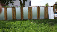 Need a fence , repairs to a fence? Professional fencer