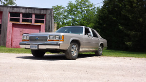 1989 Ford Crown Vic LTD   Only 165xxxK